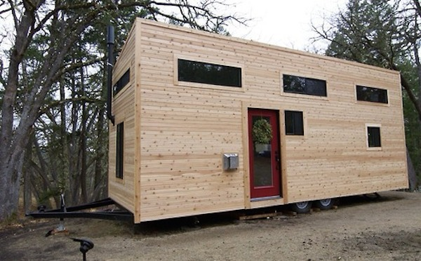 Wood warms a tiny mobile home kronodesigners for Create a tiny house online
